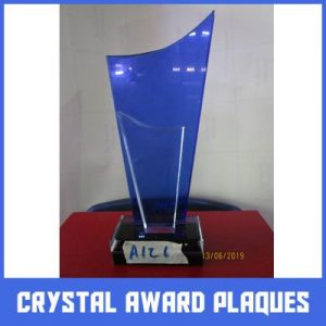 crystal awards plaques in lagos by Excellence Awards International