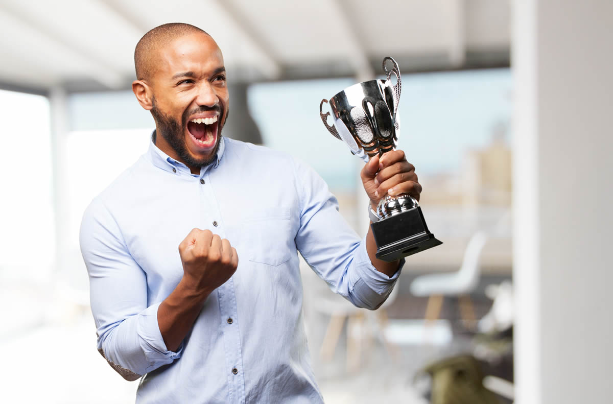 Importance of Employee Recognition Awards in The Workplace